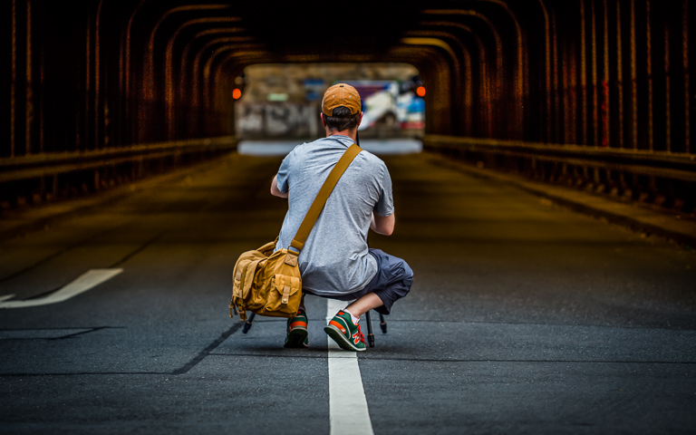 snrb-fotografie-about-me-myself-mmemyselfandi-mainz-tunnel-erwischt-newbalance-paralleldream