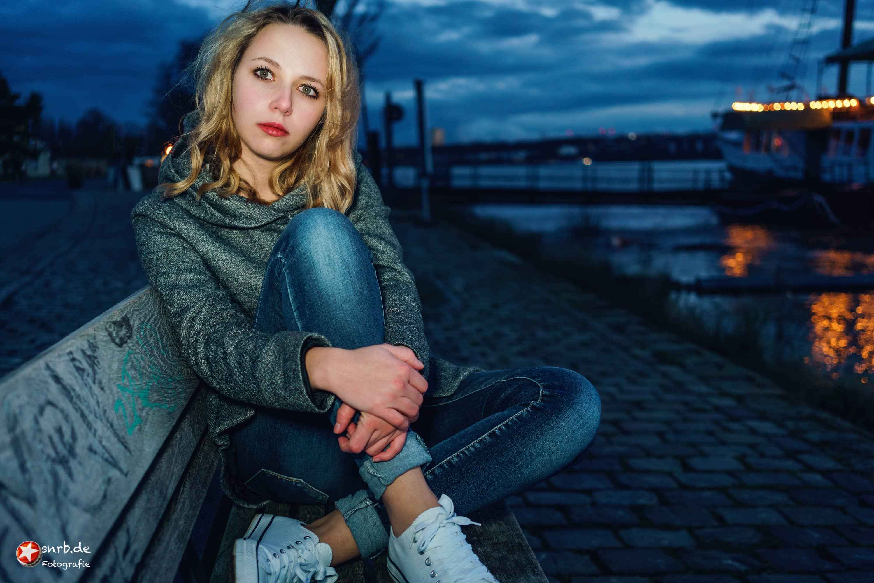 snrb-menschenbilder-portrait-dunkelheit-mainz-kastel-reduit-janina-stefan-raab